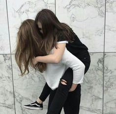 I care huge take all ur burden placed on my shoulder just like u b.c u are selected by holly promised Cute Friend Pictures, Friend Photos, Family Pictures, Tumblr Bff, Best Friend Poses, Korean Best Friends, Best Friend Photography, Cute Lesbian Couples, Insta Photo Ideas