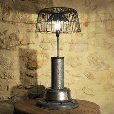 LAMPE INDUSTRIELLE 88,90 EUROS  EN VENTE SUR  http://www.alittlemarket.com/luminaires/fr_grande_lampe_luminaire_creation_unique_recup_industriel_-10679473.html
