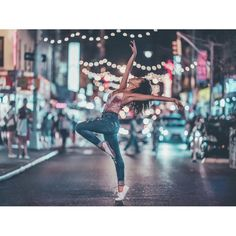 You hold me down, set my soul on fire💃 Dance Photography Poses, Gymnastics Photography, Dance Poses, Portrait Photography, Creative Portraits, Creative Photography, Dance Photo Shoot, Brandon Woelfel, Fotografia Tutorial