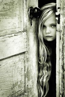Black and White Pictures and Wallpaper: Cool Black and White Photos