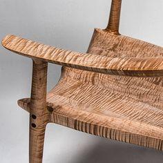 Fiddleback Maple chair seat #woodgrain #grain #finefurniture #maloof #sammaloof #sammaloofwoodworker #maple #fiddleback #art #wood #wooden #woodworking #woodworker