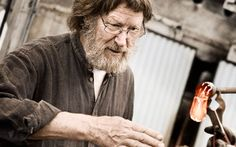 One amazing craftsman, Göran - that I had the pleasure of dining with in Kosta's guest house and visiting with his studio in Vinter 2005. Boy was I lucky!
