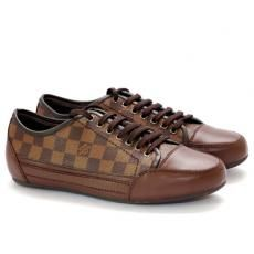 Louis Vuitton Sneakers Damier Print