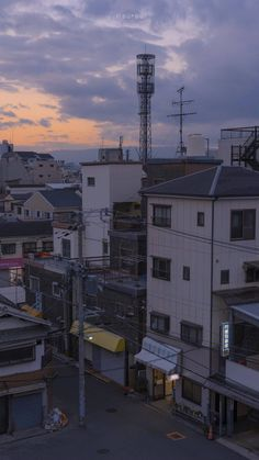 Aesthetic Japan, Night Aesthetic, City Aesthetic, City Wallpaper, Anime Scenery Wallpaper, Wallpaper Backgrounds, Aesthetic Backgrounds, Aesthetic Wallpapers, Pretty Pictures