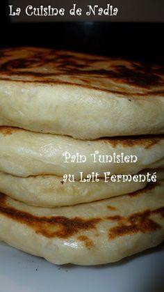 La Cuisine de Nadia: Pain Tunisien au Lait Fermenté - Recette Filmée Milk Recipes, Cooking Recipes, Chapati Recipes, Tunisian Food, Algerian Recipes, Decadent Chocolate Cake, Grilling Gifts, Ramadan Recipes, Easy Bread