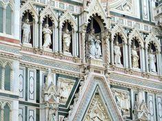 Санта-Мария-дель-Фьоре, Флоренция. Фасад собора.
