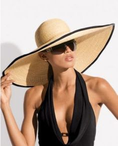 Maillot de bain : Big Straw Hat for Taiwan summer - hats for women Summer Bathing Suits, Look Boho, Stylish Hats, Wearing A Hat, Love Hat, Fashion Night, Derby Hats, Resort Wear, Headgear