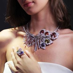 Chaumet est une fête Rhapsodie Transatlantique high jewellery necklace - a morganite, a chrysoberyl, an Imperial topaz, a pink tourmaline and a tanzanite - unleash a firework of coloured gemstones. http://www.thejewelleryeditor.com/jewellery/article/chaumet-est-une-fete-high-jewellery-review/ #jewelry