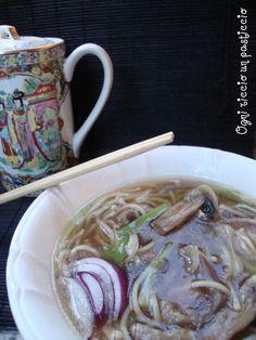 zuppa con cantoon noodles - Canton noodles soup