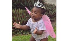 Davido's Daughter 'Imade' Kisses Her White Friend (See Photos)