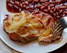 Je ne cuisinerai plus mes côtelettes de porc autrement, cette recette est trop parfaite! Pork Recipes, Slow Cooker Recipes, Cooking Recipes, Recipies, Pork Chops, Lasagna, Crockpot, Food To Make, Cabbage