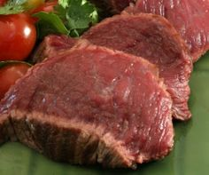 Ostrich Meat - free range meat, (usually) no antibiotics, hormones. Wild Game Recipes, Steak Recipes, Ostrich Meat, Fish And Meat, Brain Food, Health Benefits, Pork, Veggies, Favorite Recipes