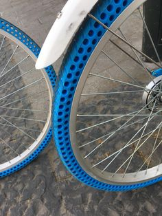 These bikes have airless tires http://ift.tt/2yTNBnH