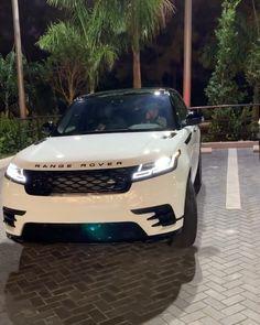 Subaru Cars, Jeep Cars, Subaru Vehicles, Dream Cars, My Dream Car, Best Luxury Cars, Luxury Suv, Best Suv Cars, Luxury Motors