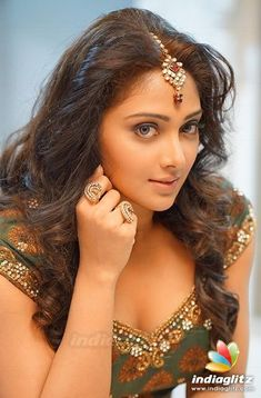 See related image detail Beautiful Girl Indian, Most Beautiful Indian Actress, Beautiful Girl Image, Beautiful Women, Beautiful Bollywood Actress, Beautiful Actresses, Beauty Full Girl, Beauty Women, Glam Photoshoot