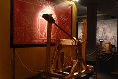 Must see Leonardo Da Vinci's masterpieces! Desk Lamp, Table Lamp, Lighting, Events, Home Decor, Table Lamps, Decoration Home, Room Decor, Lights
