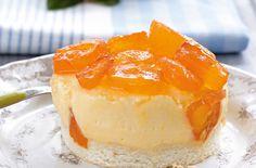 """Ο ιδανικός τρόπος για να """"γλυκάνετε"""" τους αγαπημένους σας μετά από ένα επίσημο ή και απλό κάλεσμα για καφέ. Greek Desserts, Greek Recipes, Cheesecake Tarts, Cheesecakes, Soul Food, Mousse, Sweet Tooth, Deserts, Food And Drink"""