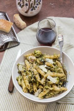 This delicious vegetarian pasta recipe is courtesy of our November Pasta Spotlight, Giulia Scarpaleggia of Jul's Kitchen. This flavorful recipe is a great way to get a healthy dose of vegetables and features a light sprinkling of cheese. Vegetarian Pasta Recipes, Pescatarian Recipes, Broccoli Pasta, Steamed Broccoli, Pasta Al Dente, Original Recipe, Italian Recipes, Stuffed Peppers, Meals