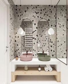 Papier peint terrazzo pour un style design dans une salle de bain. Terrazzo, Beautiful Bathrooms, Modern Bathroom, Small Bathroom, Master Bathroom, Bathroom Mirrors, Bathroom Wallpaper, Bad Inspiration, Bathroom Inspiration