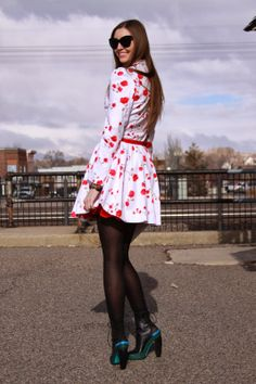 MyStyleSpot: Fashion You Can Feel Good About: Persunmall Floral Coat and Gold Necklace Review