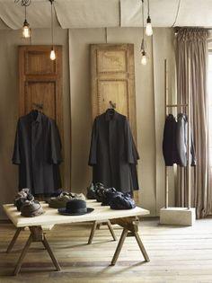 Hostem avant-garde store in London ---------------------------------------------- GLAMSHOPS.net: about... retail design/ visual merchandising & store reviews