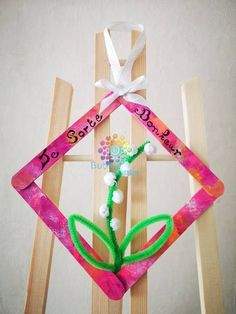1. Mai, Clothes Hanger, Diy, Avril Mai, Flow, Diy Crafts, Popsicle Stick Crafts, Preschool Crafts, Ideas