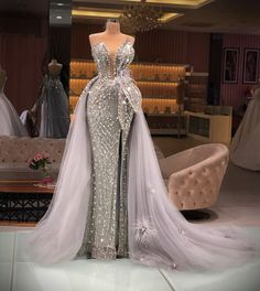 Prom Dresses With Sleeves, Gala Dresses, Nice Dresses, Silver Evening Gowns, Designer Evening Gowns, Princess Prom Dresses, Long Prom Gowns, Fantasy Dress, Luxury Dress