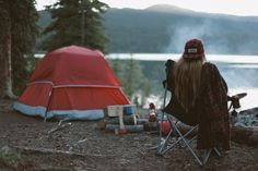 World Camping. Tips, Tricks, And Techniques For The Best Camping Experience. Camping is a great way to bond with family and friends. Camping Uk, Camping Hacks, Outdoor Camping, Outdoor Life, Cool Tents, Photo Story, Greatest Adventure, Best Photographers, The Great Outdoors