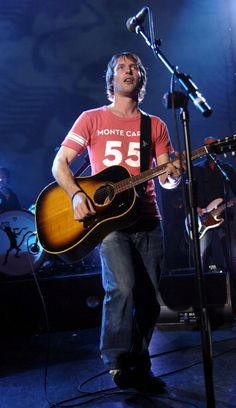 James Blunt in Concert at Shepherds Bush Empire in London October 11 2005. Credit: J.Tregidgo
