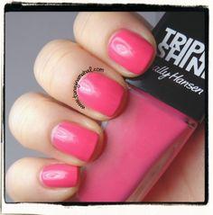 Review of Sally Hansen Triple Shine polishes. Part 2! Color: Reef-Raf. #sallyhansen #tripleshine #nailpolish