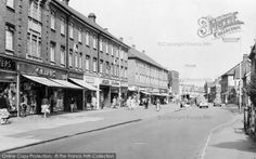 Image result for orpington high street 1960s School Memories, Local History, Wander, Growing Up, 1960s, Street View, Places, Image, Sixties Fashion