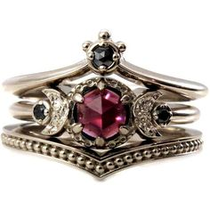 Black Diamond And Garnet Crown and Moon Engagement Ring Set Gothic... (71.715 RUB) ❤ liked on Polyvore featuring jewelry, rings, victorian engagement rings, black diamond ring, goth rings, victorian jewelry and fine jewelry