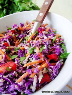 Rețete dietetice pentru pachetul de la serviciu | Bucate Aromate Cold Vegetable Salads, Vegetarian Recipes, Cooking Recipes, Romanian Food, Healthy Habits, Salad Recipes, Cabbage, Good Food, Food And Drink