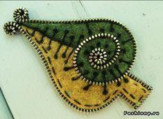 Войлочные украшения от Odile Gova