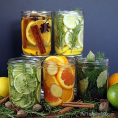 Faça você mesmo, aromatizador de ambientes. Pegue as ervas que você goste e misture com as frutas cítricas, os ambientes ficarão bem perfumados. Aproveite a ideia e use em vidros reciclados. https://www.facebook.com/BazarArtesanato