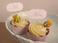 Mr. and Mrs. Wedding Cupcakes.