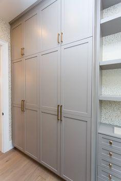 Streamlined Storage Bedroom Built In Wardrobe, Fitted Bedroom Furniture, Bedroom Closet Doors, Fitted Bedrooms, Bedroom Closet Design, Wardrobe Storage, Wardrobe Closet, Closet Designs, Interior Design Living Room