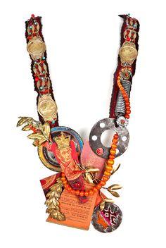 Tota Reciclados - Necklace: Die Gleichisse Jesu 2010 Found material, assemblage