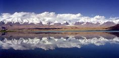 Mt_Kongur_Lake_Karakul_Xinjiang_China