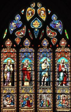 Stained Glass Church, Stained Glass Angel, Faux Stained Glass, Stained Glass Projects, Leaded Glass, Stained Glass Windows, Gothic Windows, Church Windows, L'art Du Vitrail