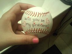 Baseball player asked out a girl cutest way throw it to her!