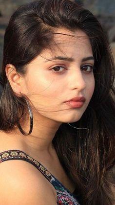 10 Most Beautiful Women, Beautiful Girl In India, Beautiful Girl Body, Beautiful Blonde Girl, Most Beautiful Faces, Beautiful Girl Image, Beautiful Indian Actress, Cute Beauty, Beauty Full Girl