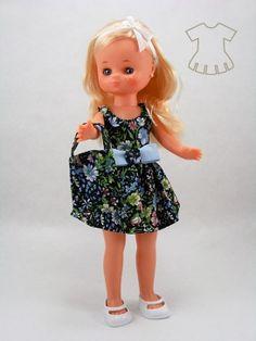Vestido estival floral negro reflejos verdes - El rincón de Babu Nostalgia, Summer Dresses, Floral, Fashion, Vestidos, Green Highlights, Wings, Fashion For Girls, Antigua