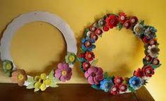 bricolage couronne de fleurs boite a oeufs - Google Search