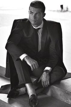 Cristiano Ronaldo wearing CR7 Flamenco Dressy Loafer