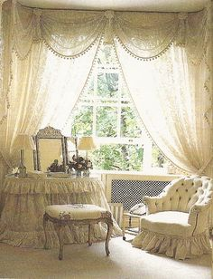 Love the layer/shape of the curtains/valance! Shabby Cottage Chic berengia No. Shabby Chic Bedrooms, Shabby Chic Cottage, Vintage Shabby Chic, Shabby Chic Homes, Shabby Chic Decor, My New Room, My Room, Cortinas Shabby Chic, Suites