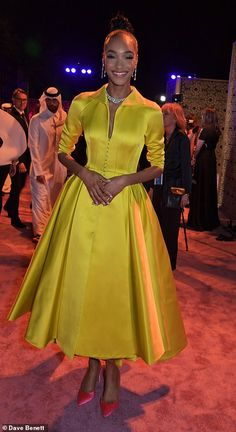 DOHA, QATAR - MARCH Jourdan Dunn attends the Fashion Trust Arabia Prize awards ceremony on March 2019 in Doha, Qatar. (Photo by David M. Benett/Dave Benett/Getty Images for Fashion Trust Arabia) Velvet Dinner Jacket, Dress Outfits, Fashion Dresses, Jourdan Dunn, Frilly Dresses, Satin Gown, African Print Fashion, Classy Dress, African Dress