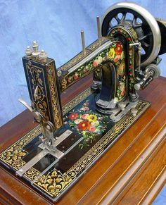 Beautiful old sewing machineI am not sure the new ones are better..these trusty things go through all types of fabric.