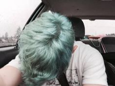 Image in Colored hair collection by IsaTame on We Heart It Blue Hair Aesthetic, Aesthetic Boy, Teal Hair, Green Hair, Alex Fierro, Teddy Lupin, Beast Boy, Cut And Color, Hair Goals