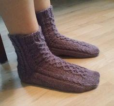 Ravelry: Tangled Rose Socks pattern by Linda Antons